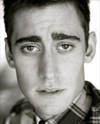 Michael Socha. Loved him as a warewolf; love him now as Will Scarlet <3