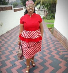 Shweshwe inspirations for the plus-size We the plus-size fashionistas sometimes accept issues owning one, attributable to the actuality that acce. Ankara Styles For Women, African Dresses For Women, Ankara Blouse, Traditional African Clothing, Shweshwe Dresses, Ankara Jackets, African Fashion Ankara, Aso Ebi Styles, Chubby Ladies