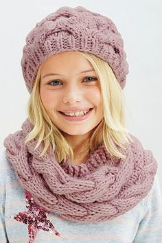 Как связать шарф снуд спицами. Cнуд спицами схемы вязания — новинки 2016-2017