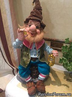 Рад познакомиться ...... Гномик Тёмка !!!!! - запись пользователя Tatyana (Татьяна) в сообществе Мир игрушки в категории Разнообразные игрушки ручной работы Elf Clothes, Elf Magic, Troll Dolls, Polymer Clay Dolls, Fairy Art, Plush Animals, Soft Dolls, Soft Sculpture, Stop Motion