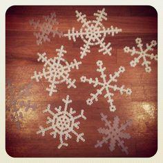 Snowflakes hama perler by millehimmel