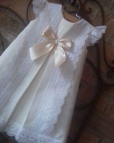 Girls Dresses, Flower Girl Dresses, Wedding Dresses, Flowers, Ideas, Fashion, Vestidos, Dressmaking, Dresses Of Girls