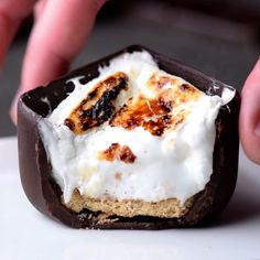 Chocolate cubes are our new favorite desserts! 😍🍫 Genius food recipes for you and your family! 🍳🍰🍝 by So Yummy Chocolate cubes are our new favorite desserts! 😍🍫 Genius food recipes for you and your family! 🍳🍰🍝 by So Yummy Just Desserts, Delicious Desserts, Dessert Recipes, Yummy Food, Dessert Food, Tasty Food Recipes, Food Recipes Snacks, Recipes For Desserts, Awesome Desserts
