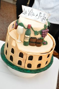 A Rome-themed cake made by an ICE student.