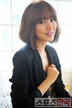 Yoon Eun Hye- love her hair. next hair style check!