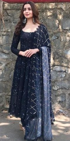 Gowns online buy designer gown stylish gown fashion marketplace india fashion re seller hub why printed cotton long indian kurtis are in trend nowadays Indian Fashion Dresses, Indian Gowns Dresses, Dress Indian Style, India Fashion, Kurta Designs, Kurti Designs Party Wear, Latest Anarkali Designs, Latest Anarkali Suits, Blouse Designs