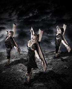 Bild der Hardrockband GENTILITY Fotografiert von Volker Wilke  #GENTILITY Rock Bands, Statue, Music, Inspiration, Art, Musica, Biblical Inspiration, Art Background, Musik