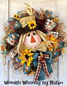WreathWhimsybyRobin on Etsy Thanksgiving Wreaths, Autumn Wreaths, Wreath Fall, Holiday Wreaths, Holiday Ideas, Holiday Decor, Skeleton Decorations, Halloween Table Decorations, Halloween Floral Arrangements