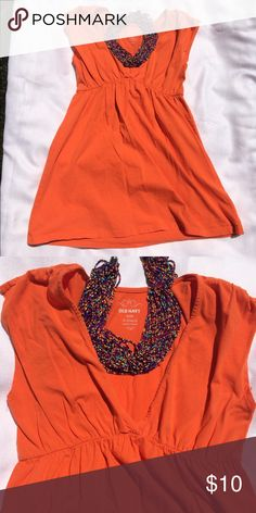 Old Navy Orange Sleeveless Babydoll Top Looks great with a pair of leggings and a sweater! Old Navy Tops