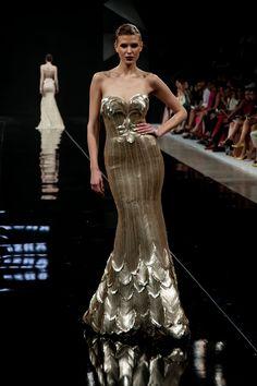 Stylemonger: EZRA SANTOS : Beyond Hemlines & Couture Attitude