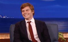 "Evan Peters has shown a great range of acting skill on American Horror Story, but behind the scenes, he's showing off some skin, too.  Peters revealed on Conan Tuesday night that he had accidentally flashed costar Jessica Lange his genitalia for an entire scene without even knowing it.  ""Wow, this is terrible,"" Peters told Conan O'Brien. ""I basically am leaned over Jessica Lange's desk in a hospital gown, bare-ass, so I put a c--- sock on."""