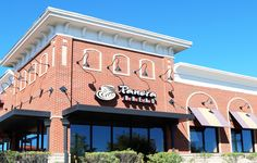 What 6 Nutritionists Order at Panera  http://www.womenshealthmag.com/food/nutritionist-panera-orders