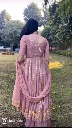 Indian Anarkali Dresses, Bridal Anarkali Suits, Pakistani Party Wear Dresses, Gown Party Wear, Designer Anarkali Dresses, Simple Pakistani Dresses, Punjabi Salwar Suits, Designer Party Wear Dresses, Indian Party Wear