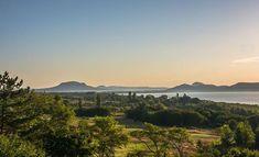 #hungary#travel #summer #ikozosseg #mik #instadaily #photooftheday #rural #nature #balaton #lake  #turista #magyarorszag #balatongyörök #szépkilátó #hills #sunrise #morning