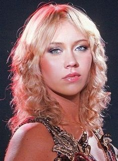 Agnetha from ABBA (photoshopped) Beauté Blonde, Cool Blonde, Abba Musical, Frida Abba, 20th Century Music, Women Of Rock, Kylie Minogue, Female Singers, Mannequins