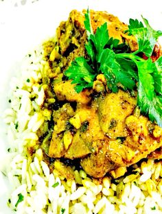 The Most Amazing Caribbean Curry Chicken (Simply Caribbean Cooking) Caribbean Curry Chicken, Jamaican Chicken, Trini Food, Best Curry, Chicken Curry Salad, Chicken Roti, Caribbean Recipes, Caribbean Food, Island Food