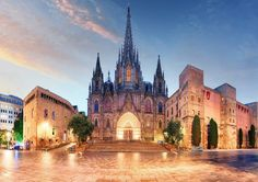 Gothic Barcelona Cathedral at night, Spain Visit Barcelona, Barcelona Travel, Barcelona Spain, Gothic Cathedral, Weekend Breaks, Airline Tickets, London, Travel Deals, Travel Tips