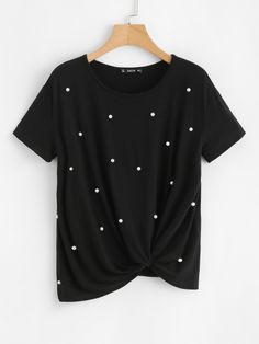 To find out about the Pearl Embellished Twist Front Tee at SHEIN, part of our latest T-Shirts ready to shop online today! Look Fashion, New Fashion, Fashion News, Fashion Black, Vintage Fashion, Womens Fashion, Twist Front Top, Latest T Shirt, T Shirts For Women