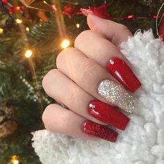 The Cutest and Festive Christmas Nail Designs for Celebration So Beautiful Red Coffin Christmas Nails with Accent Glitter Nail! Chistmas Nails, Cute Christmas Nails, Xmas Nails, Christmas Nail Art Designs, Holiday Nails, Christmas Christmas, Christmas Manicure, Christmas Acrylic Nails, Christmas Design