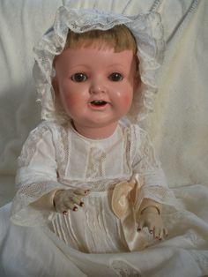 antike Puppe Kleid Heubach Köppelsdorf 342.0 Schlafaugen Taufkleid & Haube in Antiquitäten & Kunst, Antikspielzeug, Puppen & Zubehör | eBay!