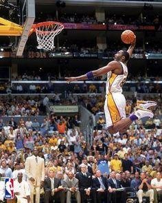 Michael Jordan is in this picture but you can't see him because he is above Kobe! Michael Jordan, Jordan 13, Air Jordan, Basketball Tricks, Love And Basketball, Basketball Stuff, Basketball Workouts, Slam Dunk, Detroit Pistons