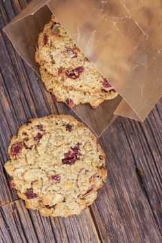 A healthy and easy way to get your oatmeal fix: Giant breakfast cookies with…