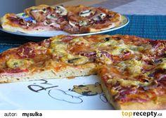 Kvásková pizza recept - TopRecepty.cz Hawaiian Pizza, Quiche, Toast, Cheese, Breakfast, Cake, Food, Gardening, Morning Coffee