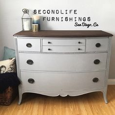 This little beauty would make the perfect Baby Changing Table painted in #LittleLamb using @fusionmineralpaint new line of #TonesForTots Check out their new amazing pallet of colors...Perfect for any nursery. #BabyOnBoard #BabyChangingTable #HandPainted #DIY #Vintage #UpCycled #Refinished