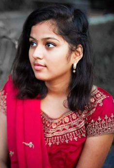 On Thursday, the actress took to her social [. 10 Most Beautiful Women, Beautiful Girl In India, Most Beautiful Faces, Beautiful Girl Photo, Most Beautiful Indian Actress, Beautiful Saree, Wonderful Picture, Cute Beauty, Beauty Full Girl