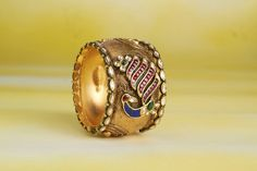 Antique jadtar gold kada Kundan Bangles, Gold Bangles, Gold Rings, Gemstone Rings, Wedding Jewelry, Jewelry Box, Jewelery, Ethnic Jewelry, Indian Jewelry