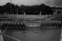 Fountain - Fuente - B&W Fountain, My Photos, Black And White, Blanco Y Negro, Black White, Black N White, Water Fountains