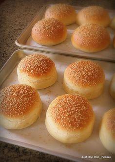 "Homemade Hamburger Buns - Classic and Big Mac ""Club"" Buns"