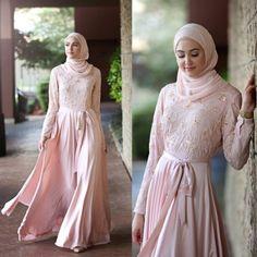 pastel pink maxi dress hijab look