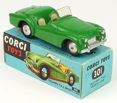 Corgi Toys 301 Triumph Tr2 Sports Car scarce Green variation