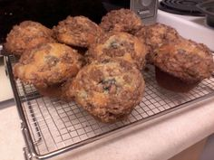 Cinnamon Streusel Mulberry Muffins Muffin Recipes, Bread Recipes, Mulberry Recipes, Mindful Eating, Diabetic Recipes, Food To Make, Sweet Tooth, Muffins, Good Food