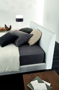www.cordelsrl.com         #bed #modern #linear #handmade product