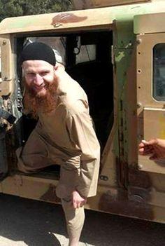Palestine People, Gun Aesthetic, Red Beard, Beard Styles For Men, New York Post, Beard Care, Bearded Men, Islam, War
