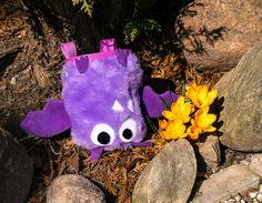 Violet Bat Chalk Bag by Craftic Climbing
