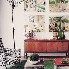 Intramontabile design anni '60! #retrochicdesign #modernariato #anni60 #milano #interni #design #interiordesign #ispirazioni #idea #inspiration #sideboard #midcentury #midcenturymodern #furniture #scandinaviandesign #danishdesign #decor #homedecor #architettura