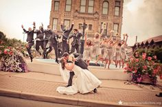 Fun Wedding Party Picture Ideas | Fun wedding