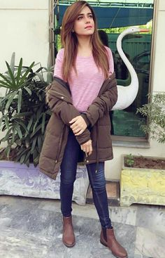 Sumbul Iqbal khan Western Look, Western Wear, College Looks, Beauty Makeover, Stylish Girl Images, Pakistani Actress, Girls Image, Western Outfits, Celebs
