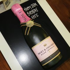 Champagne bottle large - Moet pink - That's My Cake