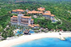 Hilton Hotels & Resorts has returned to Bali with the opening of an 11-hectare property in the beach enclave of Nusa Dua. Read more about Hilton Bali Resort at www.destinasian.com @hiltonbaliresort @hiltonhotels #HiltonHotelsandResorts #Hilton #HiltonBaliResort #Bali #Indonesia #Travel #Luxury