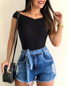71 hipster outfits that will inspire you 30 Hipster Outfits, Casual Summer Outfits, Short Outfits, Spring Outfits, Trendy Outfits, Girl Outfits, Fashion Outfits, Fashion Shorts, Hipster Clothing