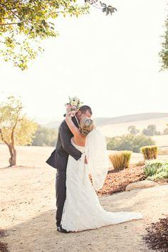 Real #wedding ideas - US weddings - California weddings http://www.weddingandweddingflowers.co.uk/article.php?id=664 Photographer: Lindsey Gomes