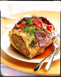 Dine at Stonehurst Manor's restaurant, Wild Rose in North Conway, NH. Enjoy delicious baked stuffed lobster and check out our hotel restaurant's recipes. Baked Stuffed Lobster, Filet Mignon Sauce, Organic Recipes, Ethnic Recipes, Food Plating, Salmon Burgers, Carne, Entrees, Catering