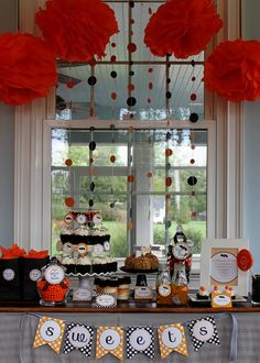 {Holidays} �  Get the Look: Trick or Treat, You�re So Sweet Halloween Party