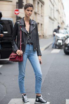 Fügt eurem Outfit etwas Farbe hinzu: Mit einer Tasche