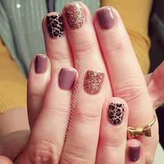 @emmadoesnails fall nails cheetah leopard nails glitter nails