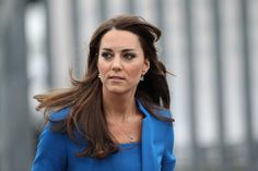 Kate Middleton - Kate Middleton Opens an Art Room